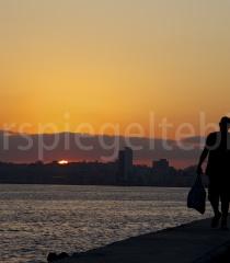 Sonnenaufgang am Malecón, Havanna, Kuba