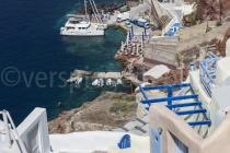 Blick auf den Hafen von Oia