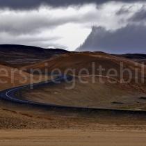 Strasse bei Námafjall, Island