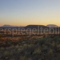 Sonnenaufgang auf der Dabi Farm bei Helmeringhausen, Namibia